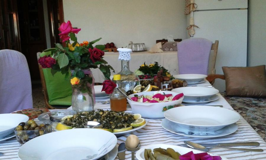 The colorful table at Lina's house