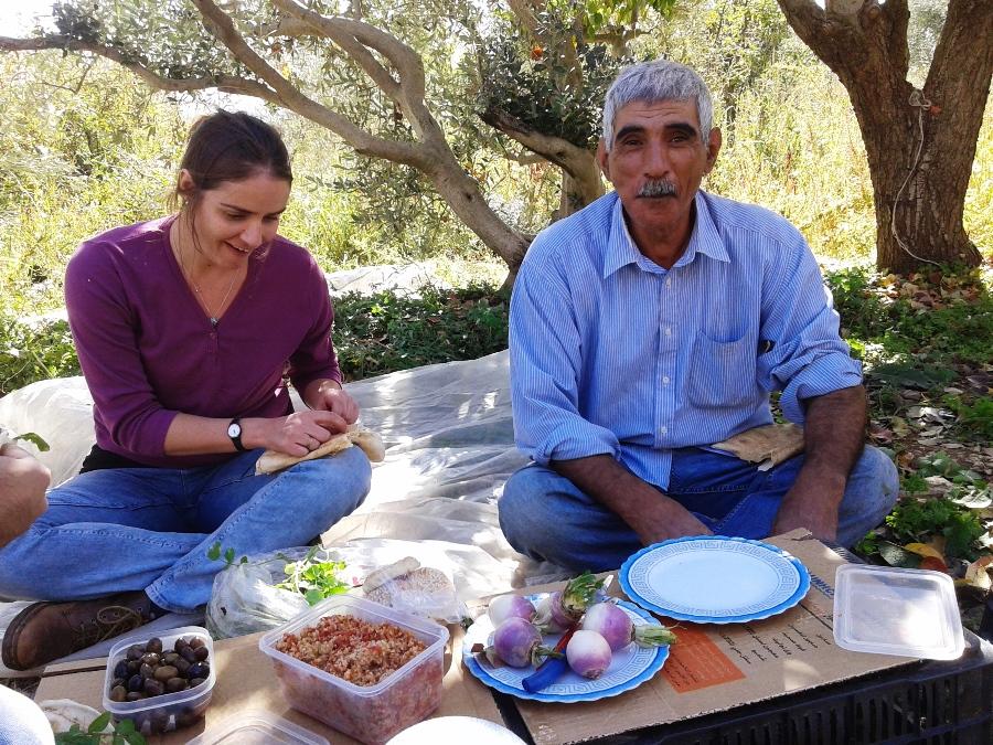 On darb el karam, meet the farmer and eat traditional food